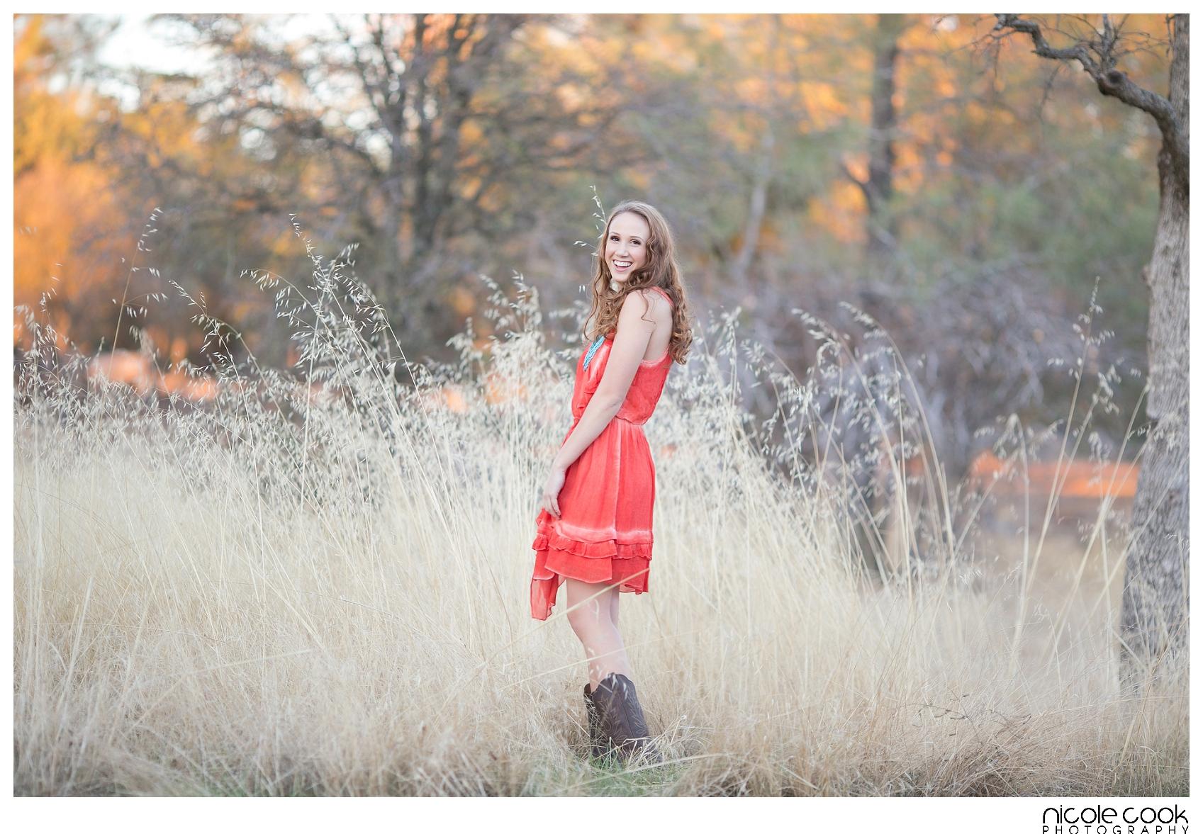 WOODCREEK-HIGH-SCHOOL-ROSEVILLE-SENIOR-GIRLS-PORTRAIT-photographer_0153.jpg
