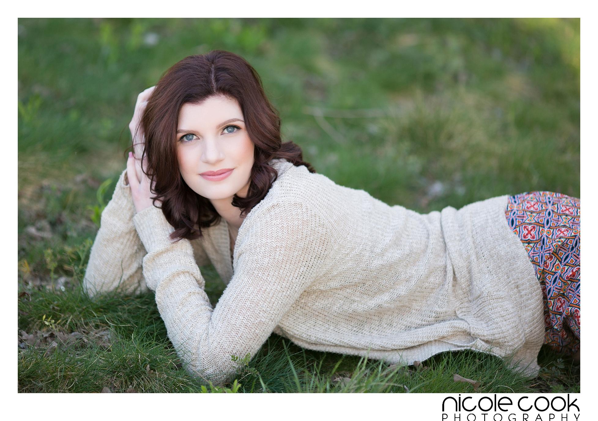 roseville-high-school-senior-portraits_0113.jpg